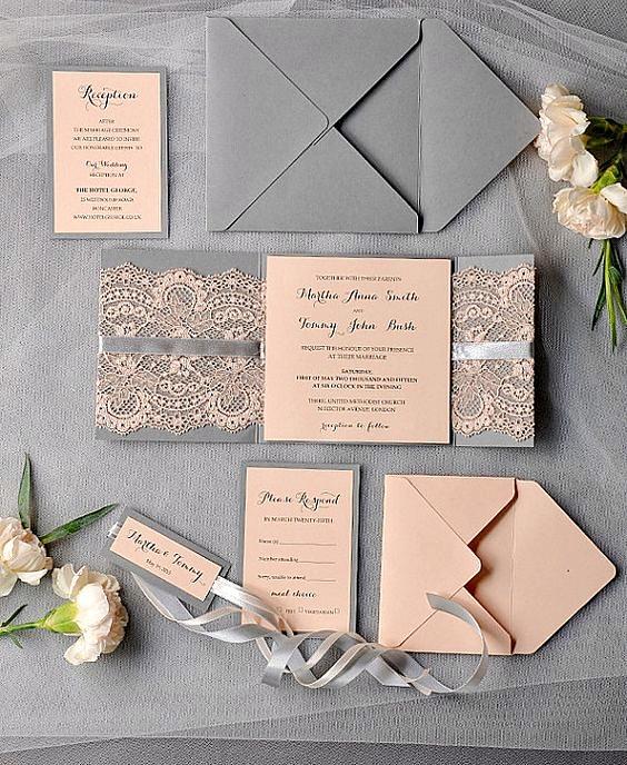Thiệp cưới đẹp và sang trọng màu xám phối hồng ngọt ngào