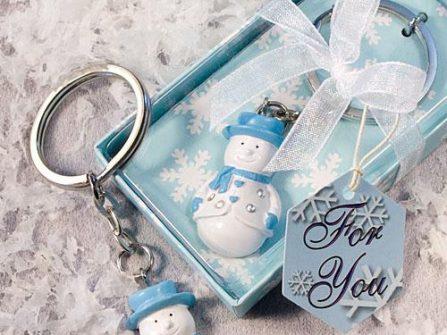 Quà cảm ơn khách mời: Móc khóa người tuyết đáng yêu