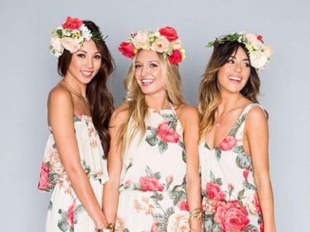 Đầm phụ dâu dáng dài chất liệu voan in hoa nữ tính