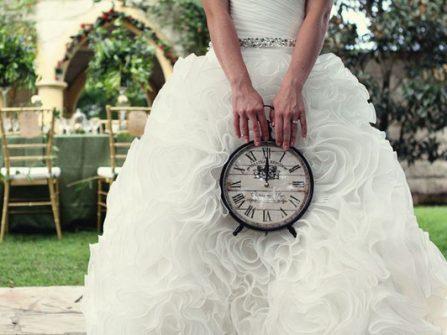 4 gợi ý giúp nhắc nhở khách mời đến dự tiệc cưới đúng giờ