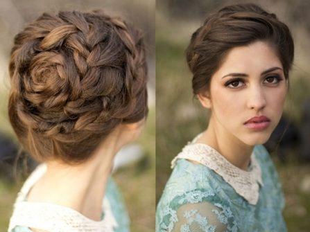 Tóc cưới đẹp bới cao tạo dáng hoa hồng xinh xắn