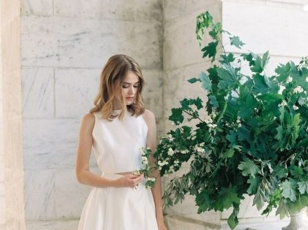Váy cưới đẹp hai mảnh kết hợp áo croptop cá tính