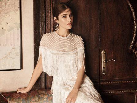 Áo cưới đẹp đính tua rua cùng chất vải xuyên thấu gợi cảm