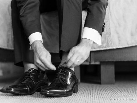 Bí quyết cực hay để quý ông chọn giày chú rể phù hợp