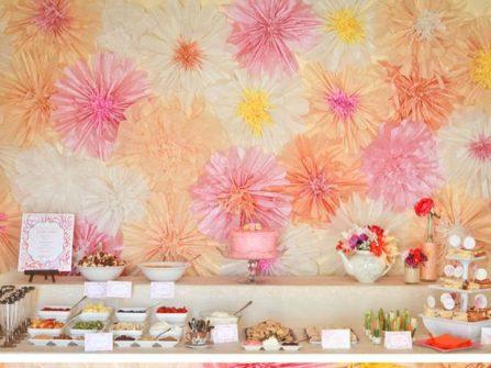 Trang trí tiệc cưới với hoa giấy xinh yêu