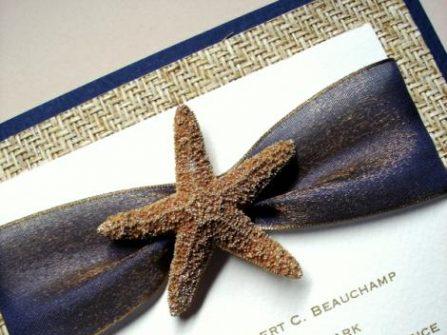Thiệp cưới đẹp - Biển xanh vẫy gọi, rì rào sóng vỗ