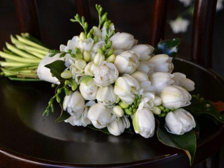 Trước khi đặt hoa cưới, nên chú ý điều gì?