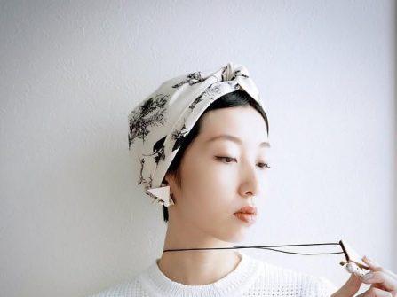Băng đô turban xinh xắn cho nàng phụ dâu tóc ngắn