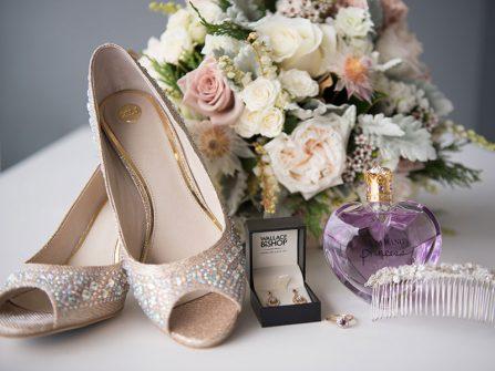 Bí quyết cưới: Cô dâu cần mua sắm gì trước ngày cưới?