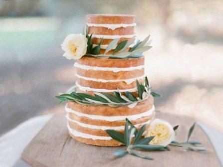 Bánh cưới đẹp - Tuyển tập bánh cưới trang trí hoa cỏ đằm thắm
