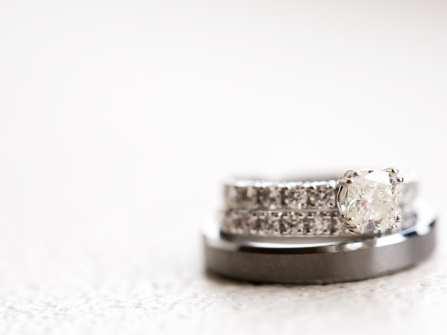 Nhẫn cưới đẹp - Nhẫn cưới truyền thống xinh xắn