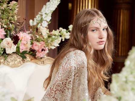 Top 4 xu hướng trang điểm cô dâu từ Bridal Fashion Week 2018