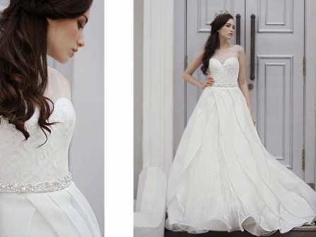 Váy cưới xếp tầng bồng bềnh như công chúa cổ tích