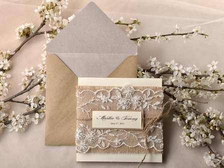 """Thiệp cưới handmade xinh lung linh """"đốn tim"""" khách mời"""