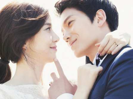 10 cặp đôi phim giả tình thật nổi tiếng của showbiz Hàn