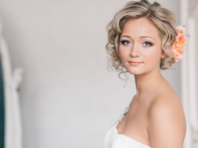 tóc cô dâu ngắn