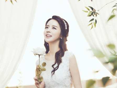 Bí quyết chọn kiểu tóc cô dâu đẹp cho mái tóc thưa và mỏng