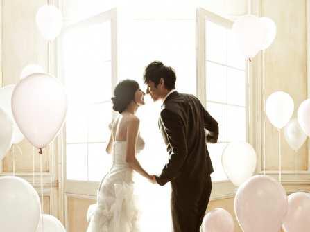 Trang trí phòng cưới bằng bóng bay siêu lãng mạn