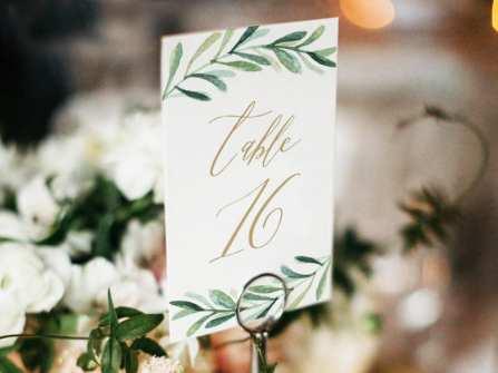 Các phụ kiện trang trí đám cưới bằng giấy vintage