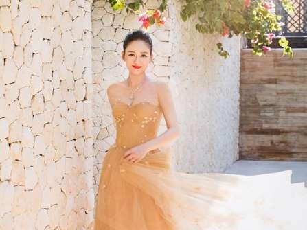 Trần Kiều Ân đã quyết định mặc váy cưới thêm một lần... cho biết
