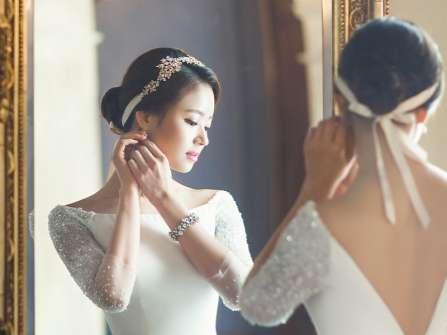 """Đôi bông tai cưới: """"Của làm tin"""" trong sính lễ của người Việt"""
