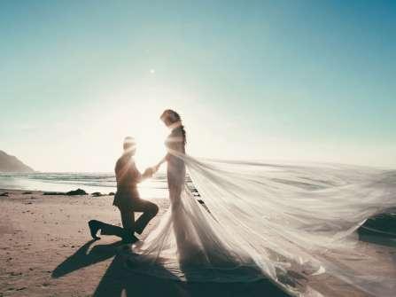 """5 cách cầu hôn ấn tượng khiến nàng """"rụng tim"""" vì bạn"""