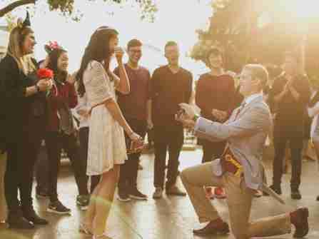 Cầu hôn tập thể: Xu hướng mới được nhiều bạn trẻ yêu thích