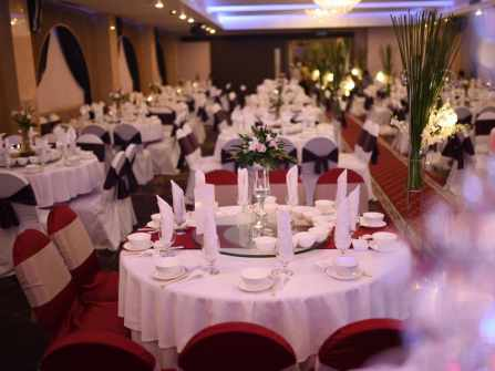 Đón đầu mùa cưới 2017 với những điều thú vị tại Bách Việt