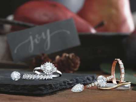 5 mẫu nhẫn cầu hôn đặc biệt dành riêng cho Giáng sinh