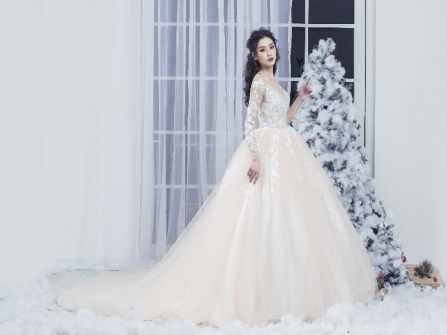 Váy cưới công chúa màu hồng pastel ngọt ngào kiêu sa- 1400$