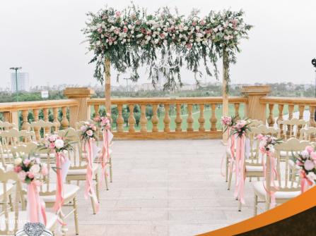 Trung tâm Hội nghị - Tiệc cưới Long Biên Palace - Sân Golf Long Biên