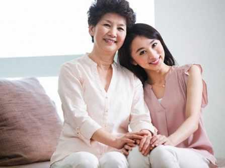 Những câu nói hay về mẹ chồng: Tuyệt chiêu lấy lòng cho nàng dâu mới