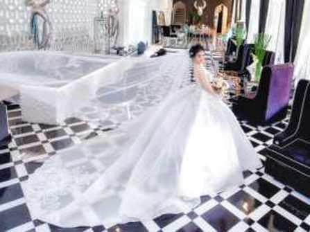 Thuê áo cưới thiết kế - Thuê 1 Tặng 1 chỉ có tại Nhi Dip Bridal