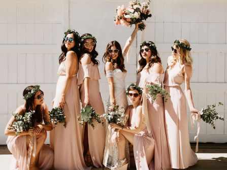 Mê mẩn với 10 bộ váy phù dâu đẹp lung linh cho ngày trọng đại