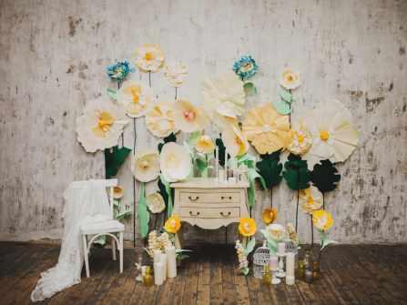 Chọn chất liệu nào cho backdrop handmade ngày cưới?