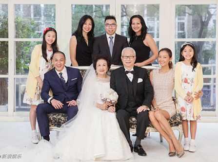 Kế thừa hạnh phúc với trào lưu chụp ảnh cưới cùng bố mẹ