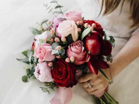 Những bó hoa đẹp nhất từ loài hoa được xem là biểu tượng của tình yêu