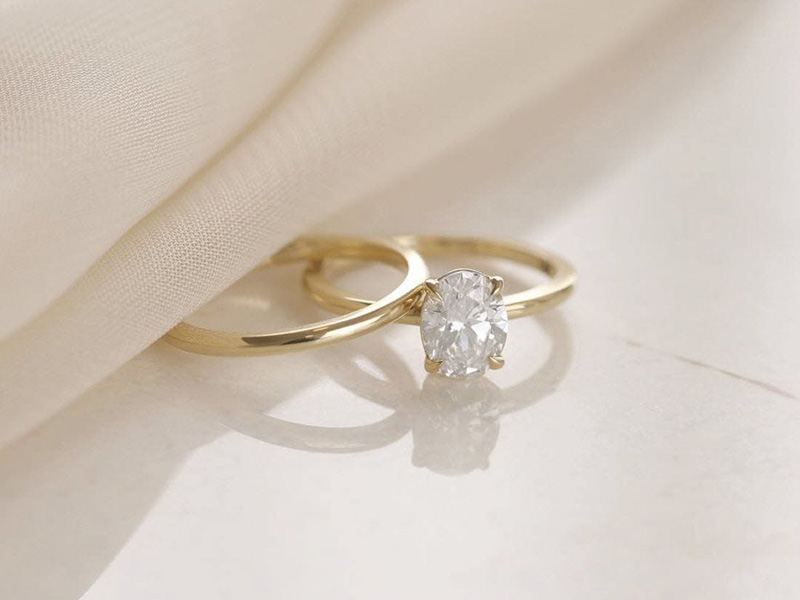 mẫu nhẫn cưới đơn giản sang trọng 8