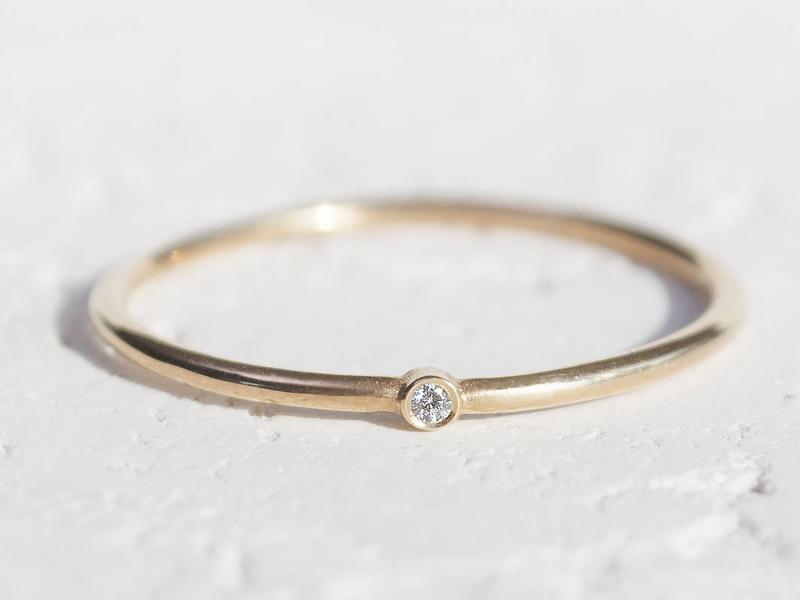 mẫu nhẫn cưới đơn giản sang trọng 4