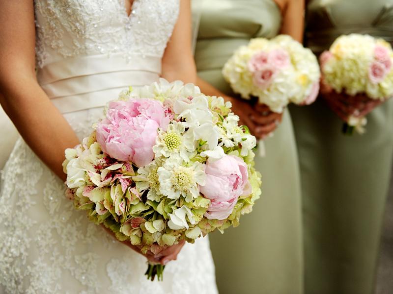 Hoa cưới mẫu đơn 11