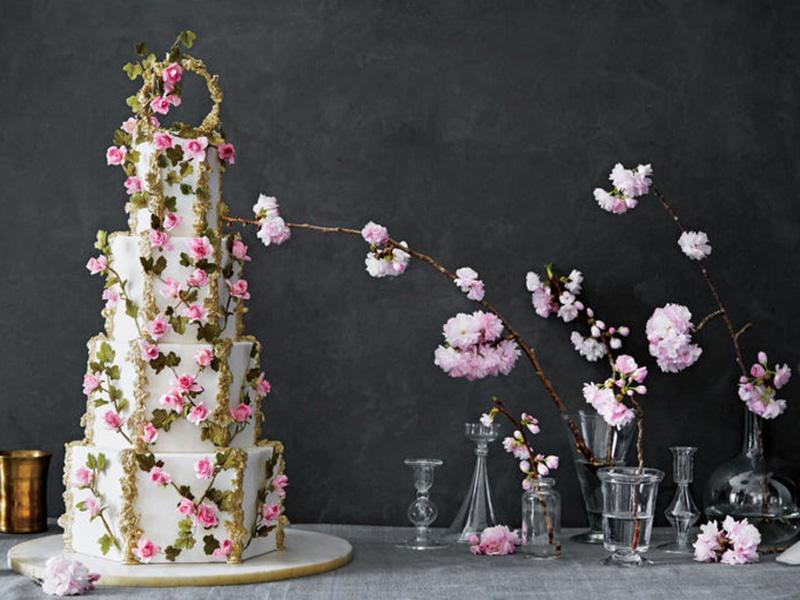 bánh cưới hoa tươi nhiều tầng 10