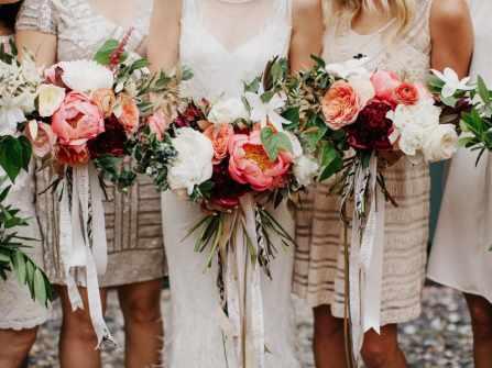 4 xu hướng phối hoa cưới cô dâu và phụ dâu mới