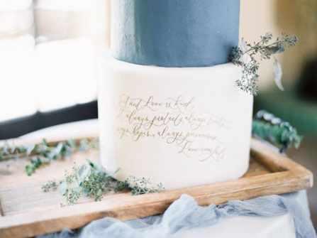 21 mẫu bánh cưới phong cách Calligraphy trang nhã