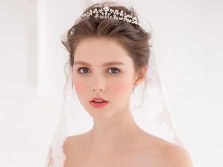 Vương miện cô dâu – xu hướng phụ kiện hàng đầu 2019