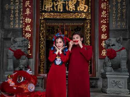 Diễn viên Anh Tài - Vũ Ngọc Ánh tiếp tục khoe ảnh cưới tại chùa Ông