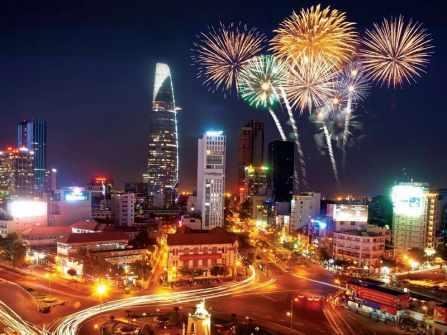 Tổng hợp địa điểm bắn pháo hoa Tết âm lịch tại Hà Nội và TP.HCM