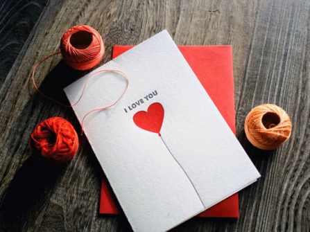 Hướng dẫn chi tiết cách làm 4 mẫu thiệp Valentine ngọt ngào