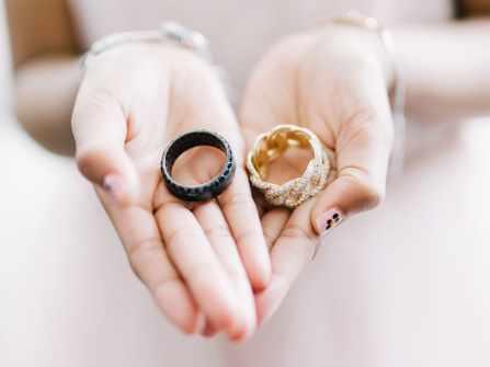 Ngạc nhiên trước các kiểu nhẫn cưới truyền thống khắp thế giới