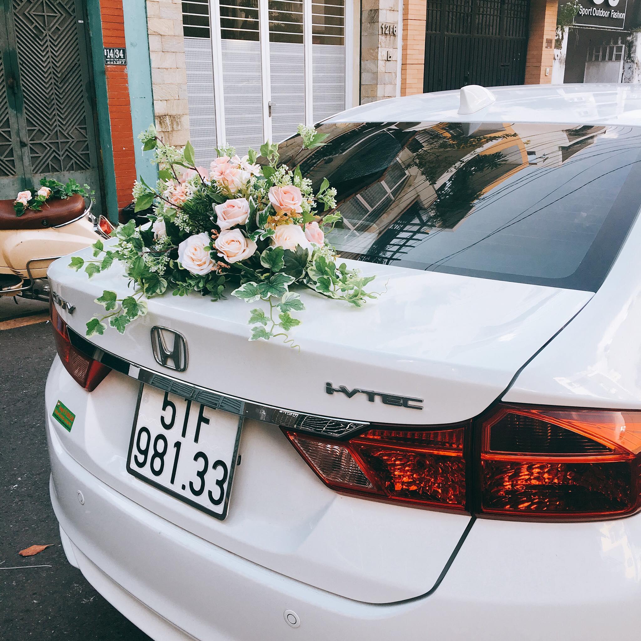 XE CƯỚI - hoa tươi, hoa lụa