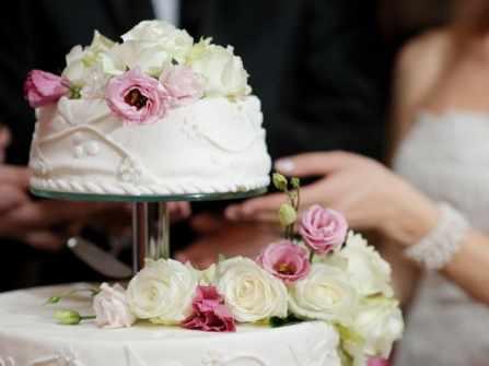 8 ý tưởng bánh cưới hình vuông cho cặp đôi hiện đại